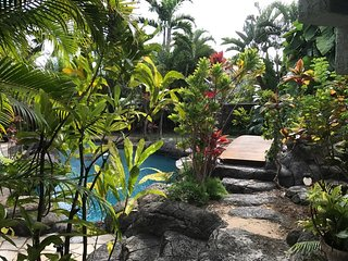 Tropical Love Shack One Bedroom Steps to Kailua Beach - Kailua vacation rentals