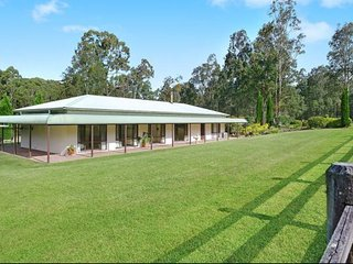 Breemiloy Homestead - Secluded 28 acre property - Abernethy vacation rentals