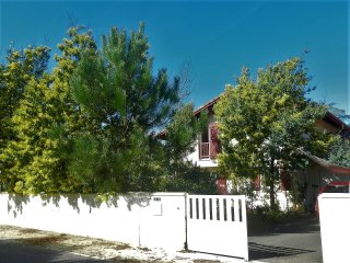 Villa BENESSERE, océan, dunes et plage - Capbreton vacation rentals