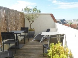 Apartment with terrace and parking - Central DEAUVILLE - Deauville vacation rentals