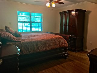 Nice Private room with Central Heating and Housekeeping Included - Burleson vacation rentals