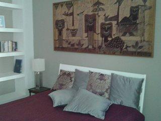 Celeste Room Camera nuova con bagno,  indipendente, palazzo storico in centro - Caserta vacation rentals