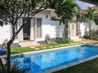 Ideal Location in Eat St 3bdrs - Villa Crystal - Seminyak vacation rentals