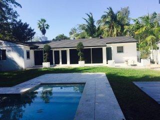 Cozy Boutique Space with Private Entrance - Miami Shores vacation rentals