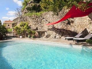 Gîte de charme en Aveyron Le Colombier Saint Véran - Millau vacation rentals