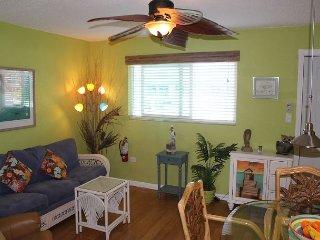 Cozy one bedroom condo - Marathon vacation rentals