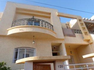 VILLA 4 CHAMBRES A 300 METRES DE LA PLAGE - Agadir vacation rentals