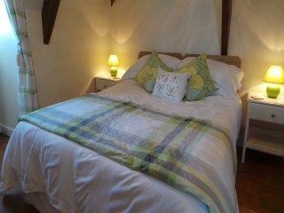"""Le Montaigne"" Bed and Breakfast - Sainte-Alvere vacation rentals"