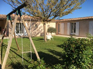 Nice House with Private Outdoor Pool and Parking - Oraison vacation rentals