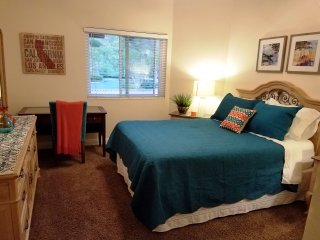"""Two Private Bedrooms in """"Treehouse"""" - Yorba Linda vacation rentals"""