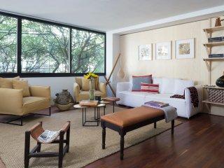 """Condesa. Laredo 2: """"Gardens Retreat"""" - Mexico City vacation rentals"""