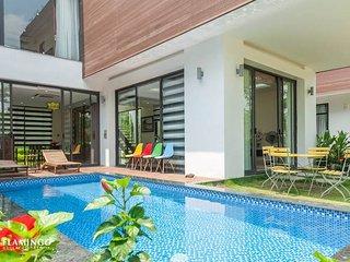Hoang Quyen Villa in Flamingo Dai Lai Resort - Phuc Yen vacation rentals