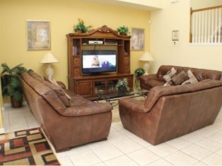 Luxury 6 Bedroom 3.5 Bathroom Pool Home in Windsor Palms Resort. 8054KPC - Reunion vacation rentals