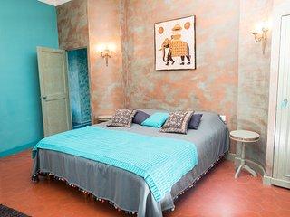 """Maison d'hôtes O'Palmier caché """"Indira"""" - Saint-Marcel-sur-Aude vacation rentals"""