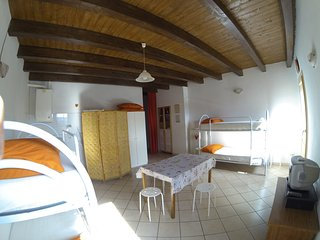 "Room & Breakfast ""Ostello degli Dei"" (Camera Olimpo) - Monzuno vacation rentals"