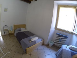 "Room & Breakfast ""Ostello degli Dei"" (Camera Nettuno) - Monzuno vacation rentals"