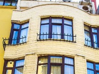 TURK MANSION 9 ROOMS AND SEA VIEW - Istanbul vacation rentals