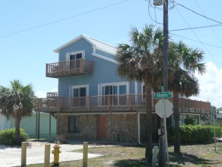 New Smyrna Beach 3 Story, 5 Bedr, Steps from Ocean - New Smyrna Beach vacation rentals