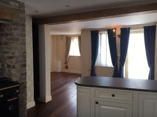 Magical Cottage in the Heart of Cambridge - 3 bed, 3 baths & packed full... - Cambridge vacation rentals