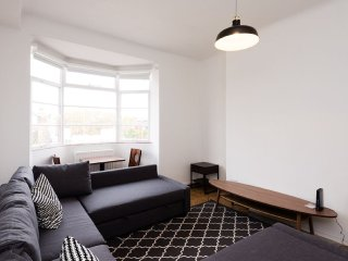 Spectacular Penthouse Ideally Located in the HEART of the West End Oxfor... - United Kingdom vacation rentals