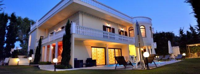 Villa Akropolis Palace - Image 1 - Akrotiri - rentals