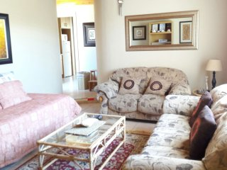 Bibi's Place Self Catering Apartments (Seahorse) - Swakopmund vacation rentals