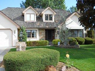 Quiet Suburban upscale neighborhood - Spokane vacation rentals