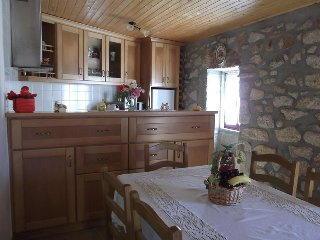 Nice 3 bedroom House in Macieira de Alcoba - Macieira de Alcoba vacation rentals