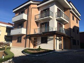 """Casa Vacanze """"Da Paolo e Francesca"""" - Pignola vacation rentals"""