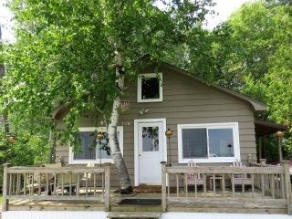 Cozy House in Alpena with A/C, sleeps 6 - Alpena vacation rentals