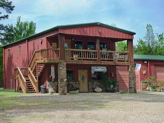 Pine Cone (sleeps 4 Maximum) No Pets - Oklahoma vacation rentals