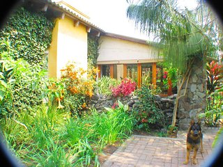 Country Living Just Five Minutes from Antigua!! - Antigua Guatemala vacation rentals