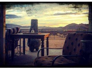 Big Sky Bungalow - Minutes to The Integratron - Landers vacation rentals