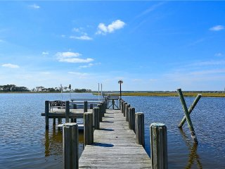 Waterfront Estate on 56 Acres with Dock in Berlin, Md, Close to OC, Sleeps 18 - Berlin vacation rentals