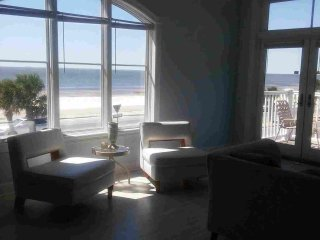 Beautiful Beachview Terrace, Unit 1! - Gulfport vacation rentals