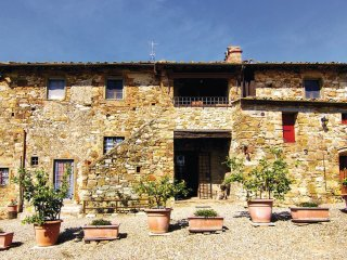 Comfortable 5 bedroom Vacation Rental in Badia a Passignano - Badia a Passignano vacation rentals