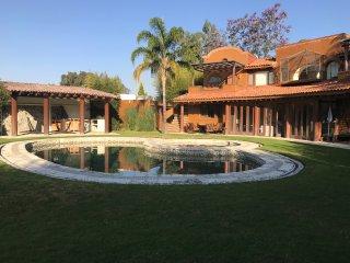 Lovely 4 bedroom Tepoztlan Villa with Internet Access - Tepoztlan vacation rentals
