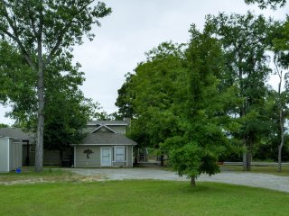 Beautiful Weatherford vacation House with Deck - Weatherford vacation rentals