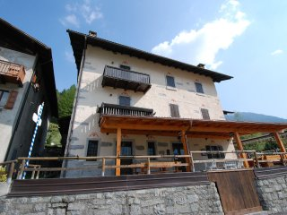 1 bedroom Apartment with Internet Access in Pinzolo - Pinzolo vacation rentals