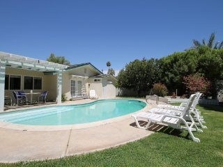 Point Happy Place - La Quinta vacation rentals