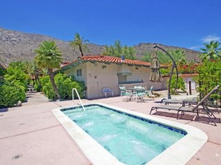 Downtown Historic Tennis Club Condo - Palm Springs vacation rentals
