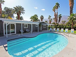 Sunlight Style - Palm Springs vacation rentals