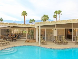 Midcentury Oasis - Rancho Mirage vacation rentals