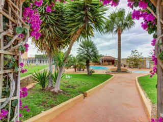 Nice Condo with Internet Access and Washing Machine - Las Galletas vacation rentals