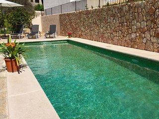 NEU modern renoviertes Ferienhaus - Casa Toni - Mancor de la Vall vacation rentals