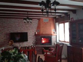 House with 3 rooms in Peral de Arlanza, with enclosed garden - Burgos vacation rentals
