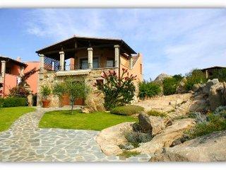 Panoramic view apartment - 8 beds - 2 bath -  Costa Smeralda - San Teodoro area - Monte Petrosu vacation rentals