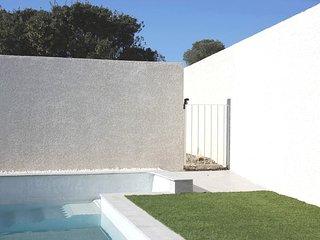 F2 climatisé avec piscine pour 4 personnes - Propriété : Les Lavandes du Moulin - Puissalicon vacation rentals