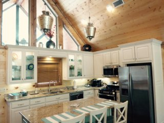 Creekside Tango; 3 Bdrms; 3 Bth; Hot Tub; Fire Ring; Pool Table;Secluded - Broken Bow vacation rentals