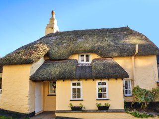 Picturesque 17th century thatched cottage - Slapton vacation rentals